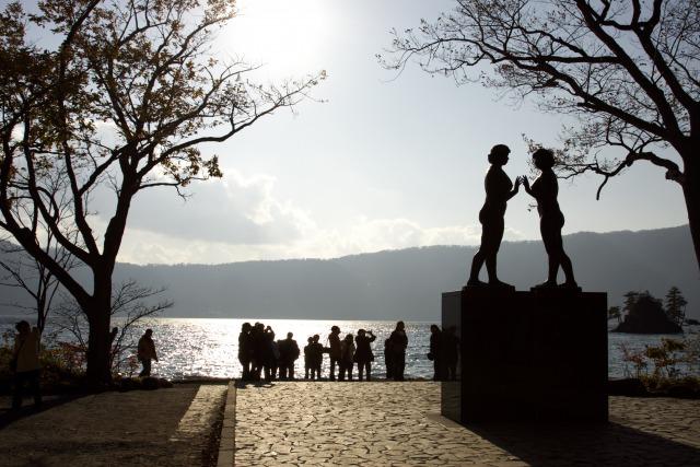 十和田湖と乙女の像